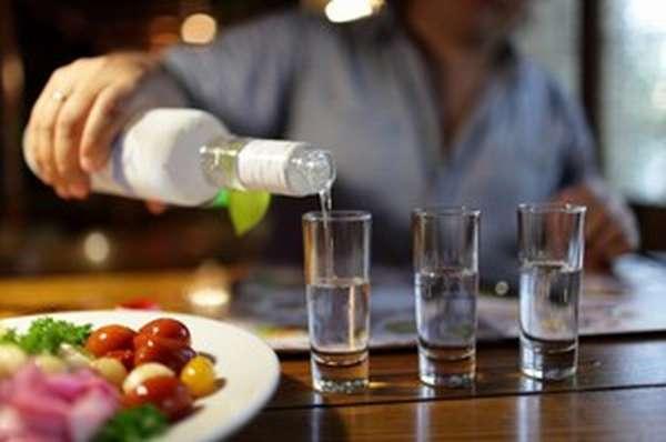 Через сколько времени алкоголь выветривается из организма