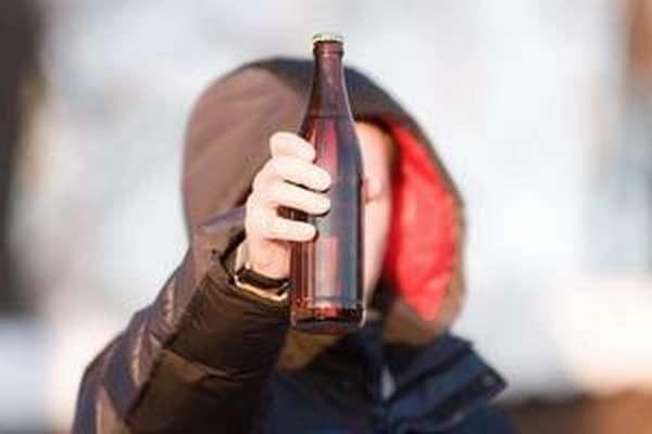 Алкоголь в руках