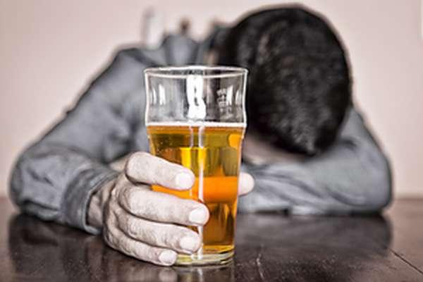 Алкоголизм - национальная катастрофа