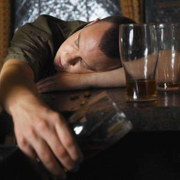 Алкоголизм в молодом возрасте у мужчин