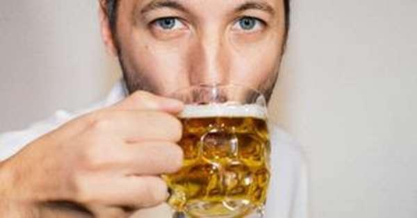 Горячее пиво при простуде усиливает потоотделение