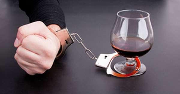 Как лечить алкоголика если он не хочет