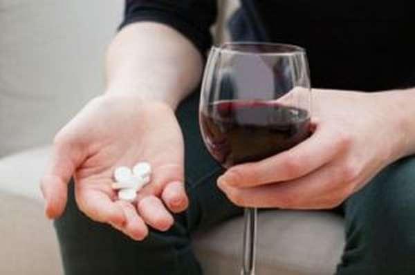 Можно ли пить алкоголь при антибиотиках