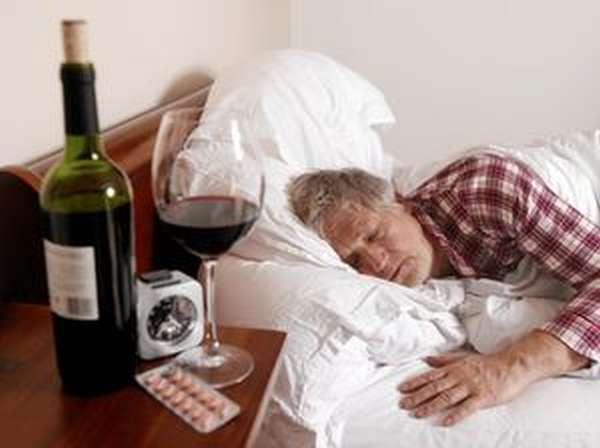 Мужской бытовой алкоголизм в зрелом возрасте
