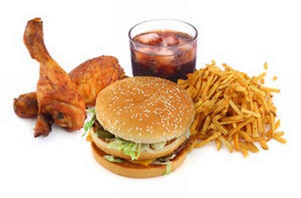 Неправильное питание - причина гастрита с повышенной кислотностью