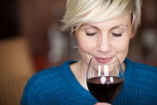 Особенности влияния красного вина на старение мозга