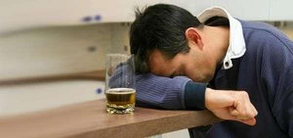 Причины алкогольного запоя