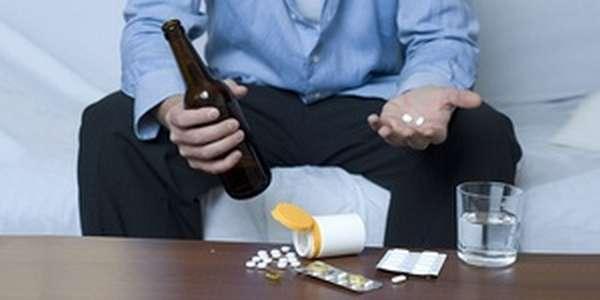 Прием препарата при похмельном синдроме