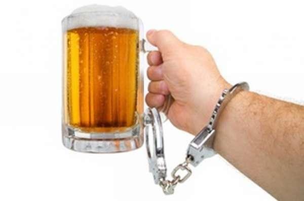 Какие препараты принимать при алкоголизме
