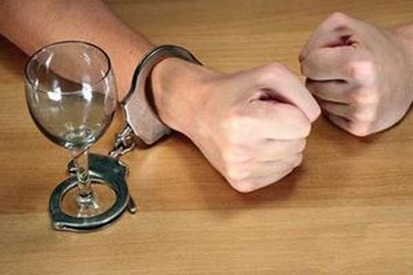 Ученые объяснили природу алкогольной зависимости