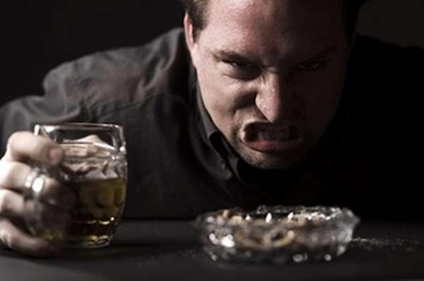 Возбужденность и озлобленность при алкогольном опьянении