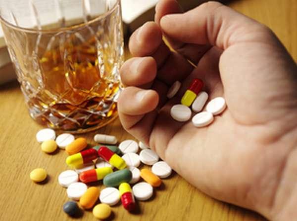 Взаимодействие Лирики с алкоголем
