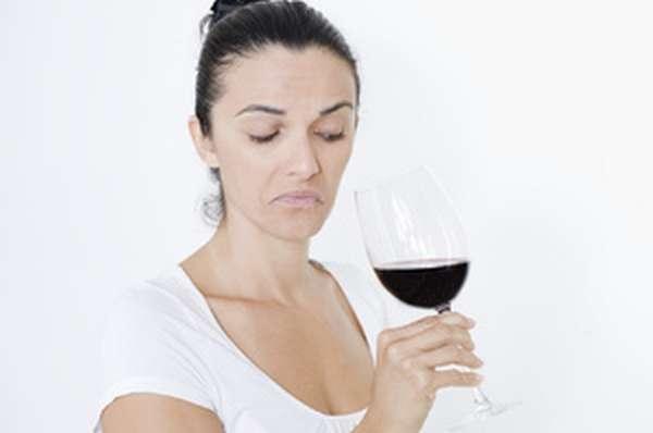 Как женщине бросить пить