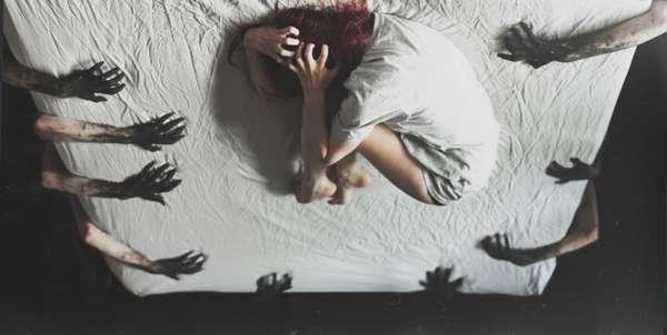 Проявление психоза у женщины