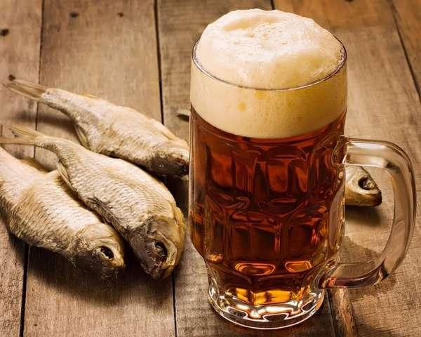 От большого количества выпитого пива похмельный синдром не меньше, чем от водки и вина
