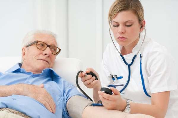 Необходимо проконсультироваться у врача о приеме препарата