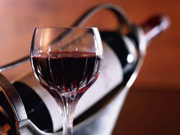 Красные вина отличаются по регионам изготовления