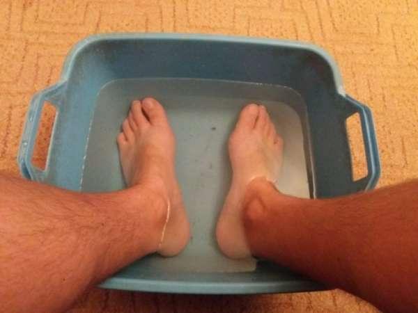 Ванночка с содой для ног