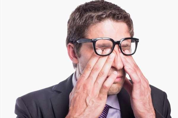 Боль в глазницах