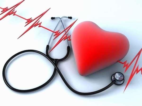 Стетоскоп и искусственное сердце