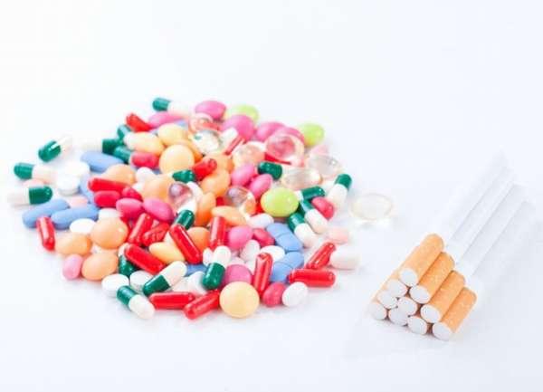 Таблетки и сигареты