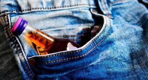 Бутылка в кармане