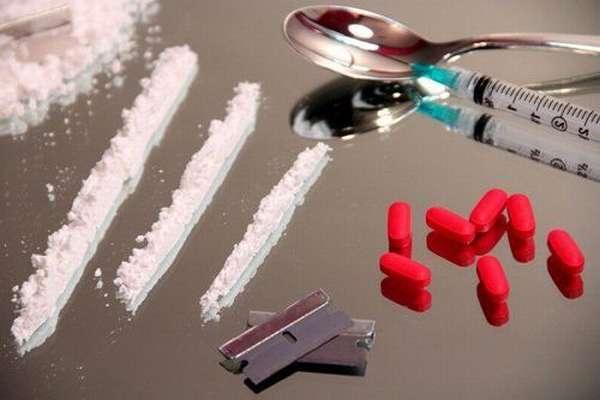Наркотики и лекарства