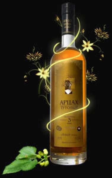 Армянская водка Арцах