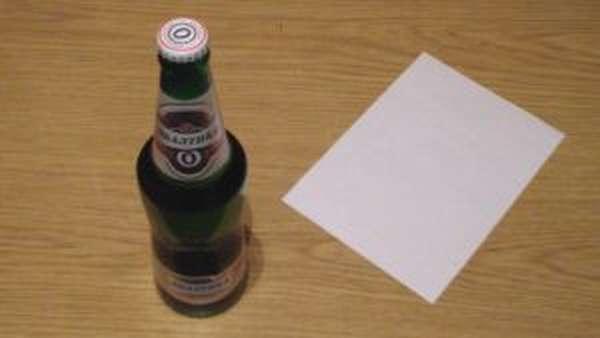 Открыть пиво бумагой